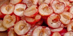 Heritage Cherry Tart - cherries halved
