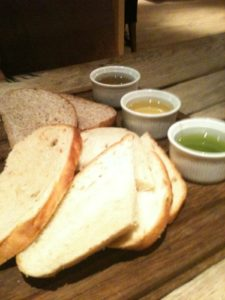 Carnarvon Arms bread board
