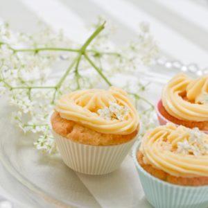 Finished elderflower cupcakes