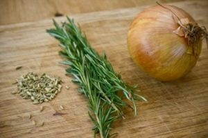 Mixed herbs for sausage roll mix