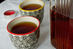 spiced tea in cups
