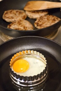 sausage and egg muffin cooking
