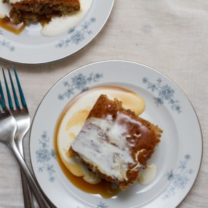 sticky toffee pudding made with baked in kit allthatimeating (5 of 5)