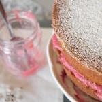 rhubarb and vanilla compote in victoria sponge