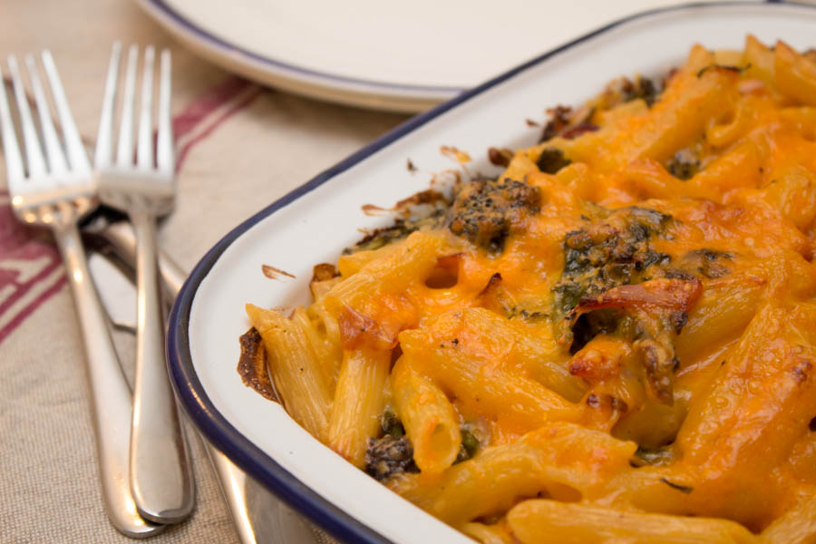 how to make cheese and bacon pasta bake
