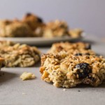 Cereal bars with blueberries and almonds