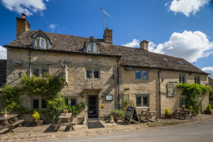 The Maytime Inn Asthall