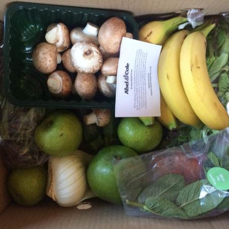 Eating Organic on a Budget - veg box