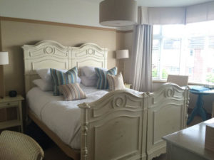 A Weekend in Southend - The Roslin Hotel room