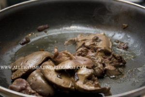 chicken livers cooking