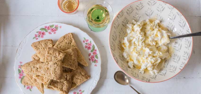 Spanish Fennel Biscuits with Cream Cheese and Honey