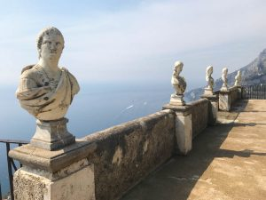 Villa Cimbrone busts
