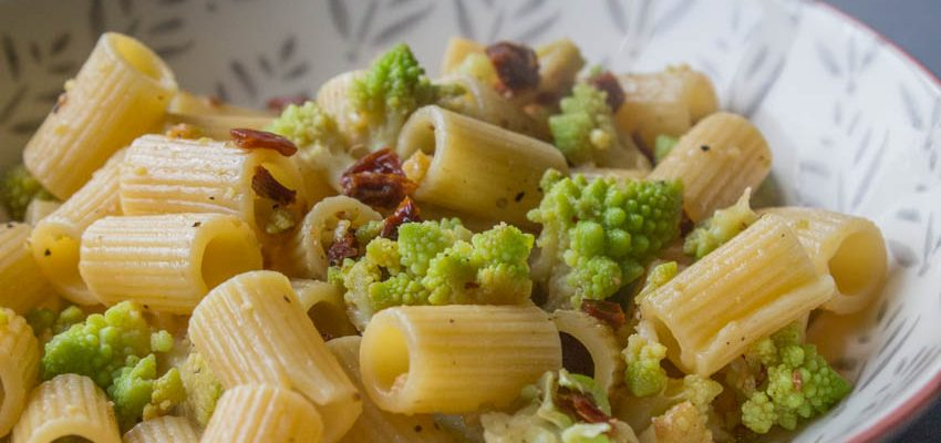 Cauliflower and Sundried Tomato Pasta