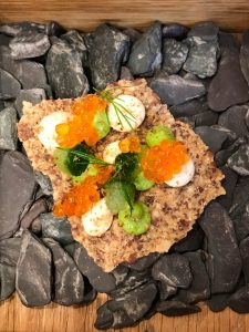 Flaxseed cracker with caviar